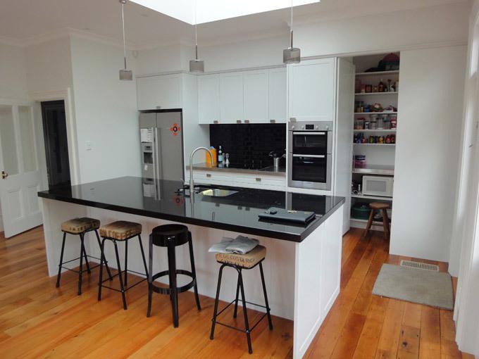 New kitchen wellington kitchen designs kitchen alterations for Kitchen designs wellington